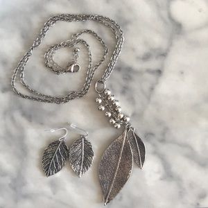 Leaf earrings and matching pendant necklace!